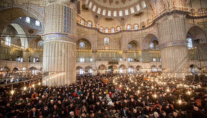 زبان و مذهب مردم استانبول