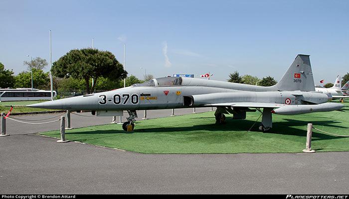 موزه-هوانوردی-آنکارا-(Ankara-Aviation-Museum)